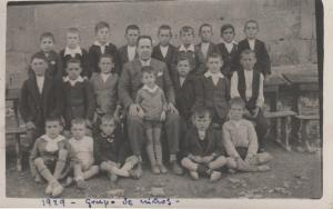 55. 1929. Niños