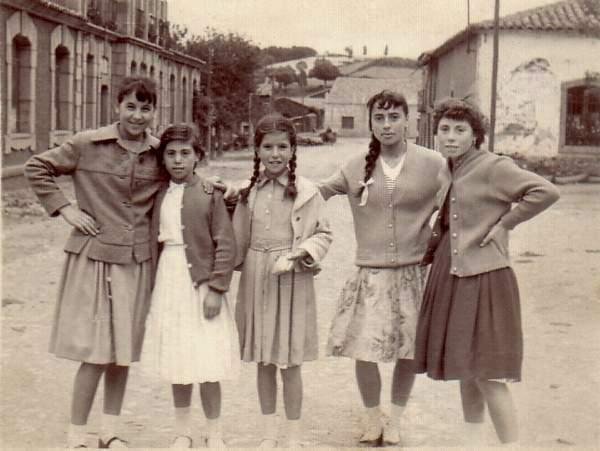 Acañices. Grupo de niñas