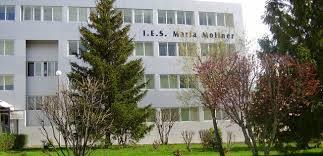 Instituto de Edudación secundaria en el Barrio Oliver