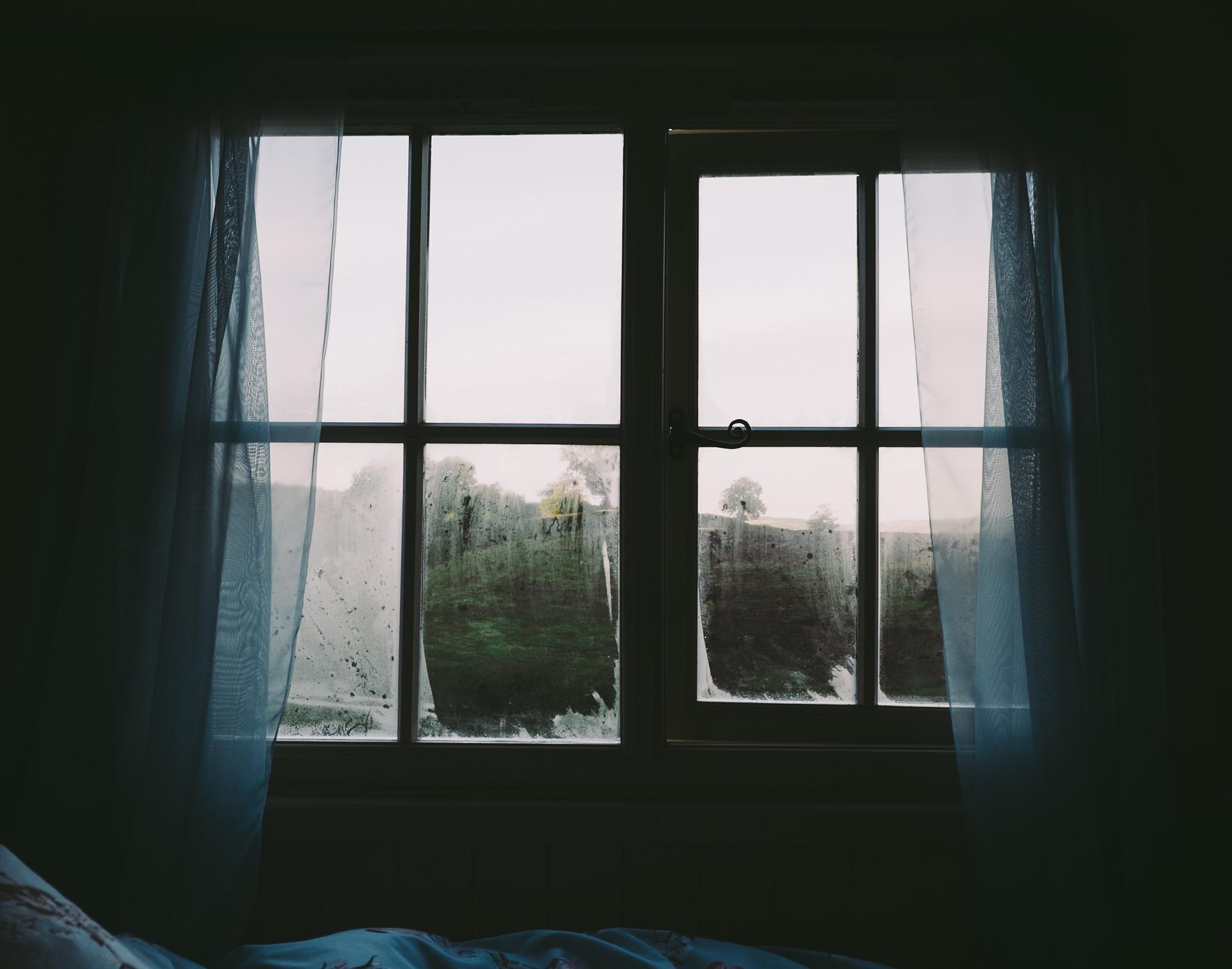 bedroom-2619266_1920