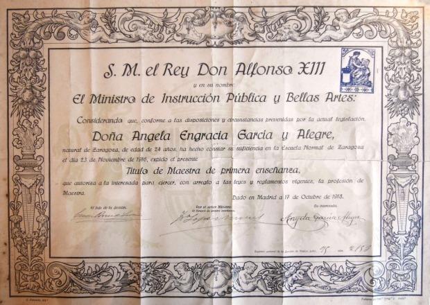 Titulo Maestra Ángela García Alegre - Anverso