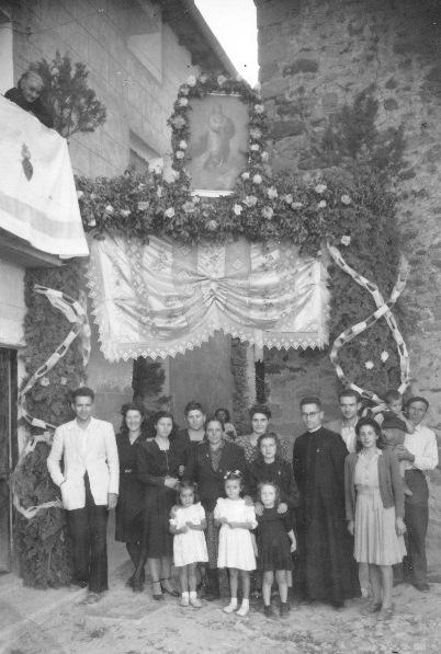 1948. Casa Machin. Altar